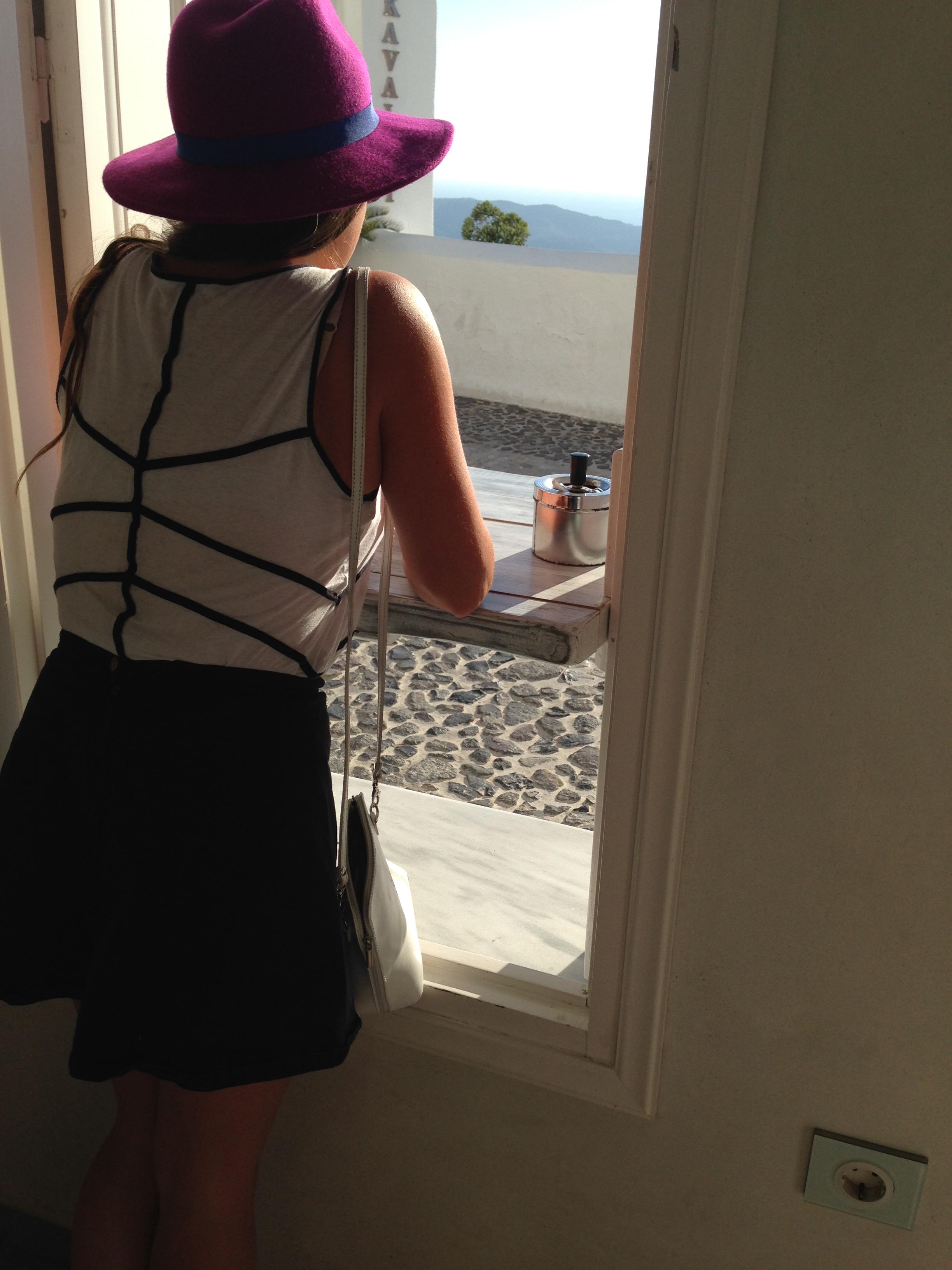 Santorini creepin'